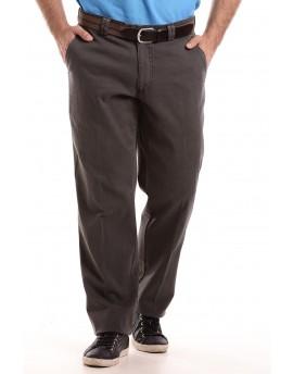 Férfi barna vászon nadrág